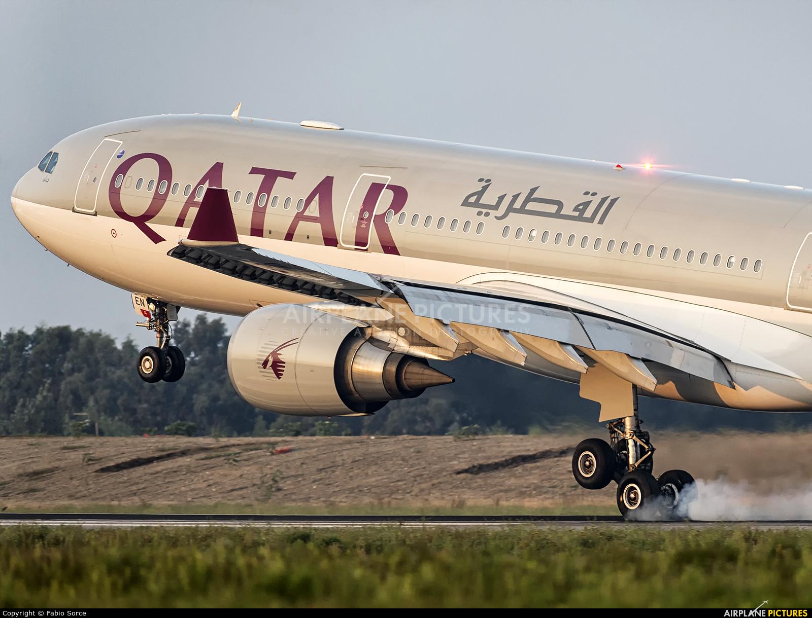 Qatar Airways A7-AEN aircraft at Rome - Fiumicino
