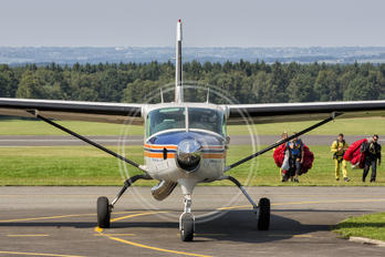 OO-SPA - Private Cessna 208 Caravan