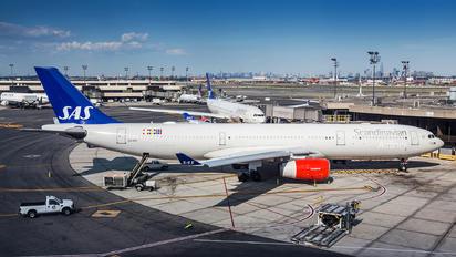 LN-RKO - SAS - Scandinavian Airlines Airbus A330-300