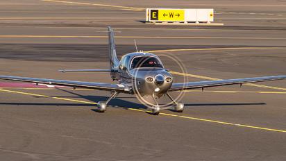 LN-ELG - Oslo Aircraft Rental Cirrus SR22