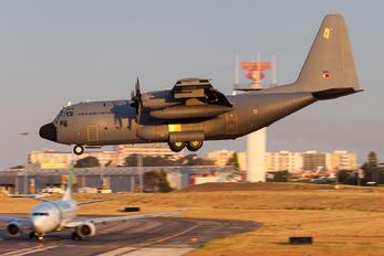 16805 - Portugal - Air Force Lockheed C-130H Hercules
