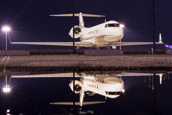 N572EC - Private Gulfstream Aerospace G-IV,  G-IV-SP, G-IV-X, G300, G350, G400, G450
