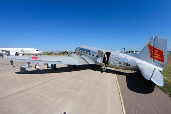 N12BA - Yesterday Wings Douglas DC-3