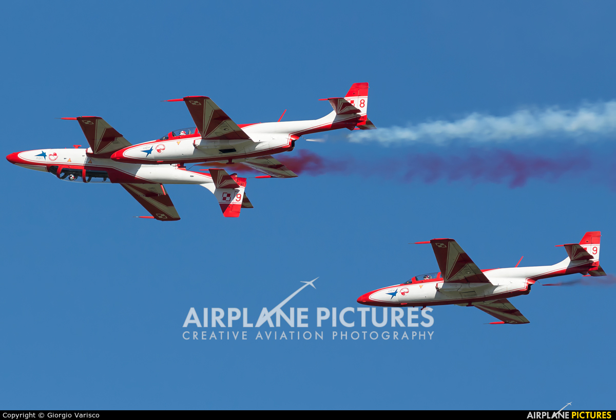 Poland - Air Force: White & Red Iskras 2006 aircraft at Rivolto