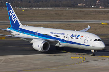 JA828A - ANA - All Nippon Airways Boeing 787-8 Dreamliner