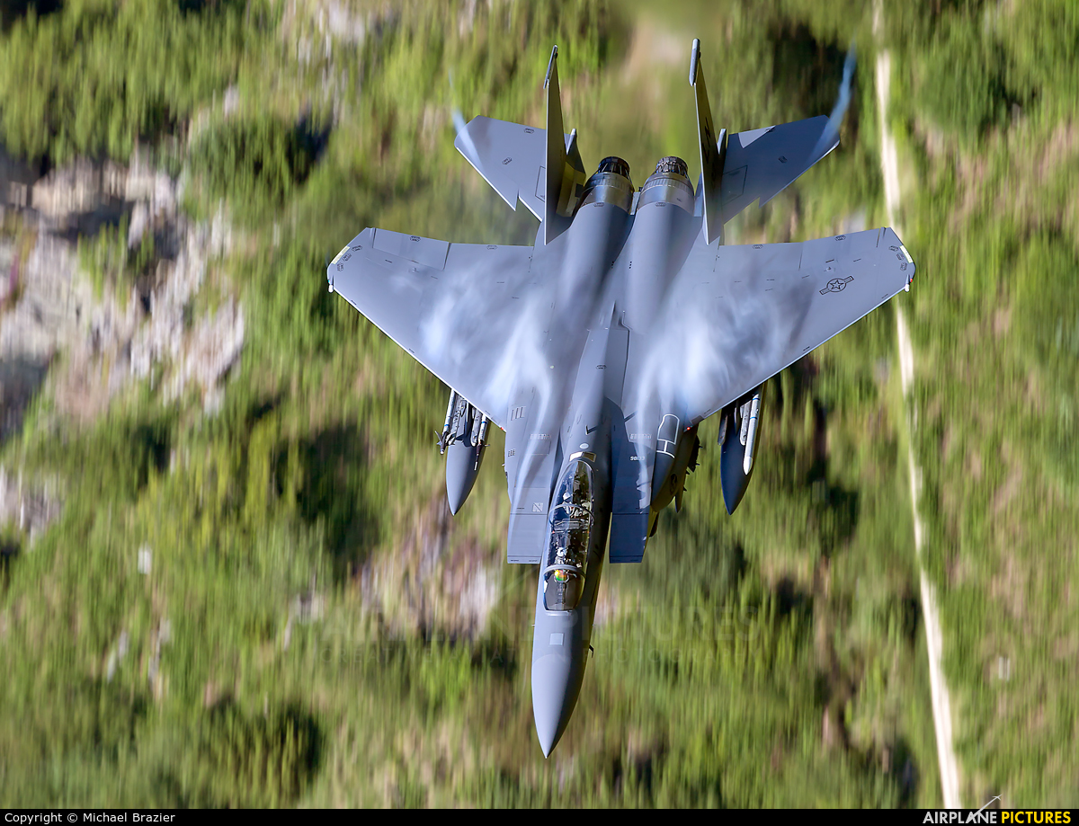 USA - Air Force 98-0133 aircraft at Machynlleth Loop - LFA 7