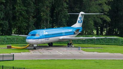 PH-OFA - KLM Cityhopper Fokker 100