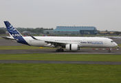 First visit of Airbus A350 in Scotland title=