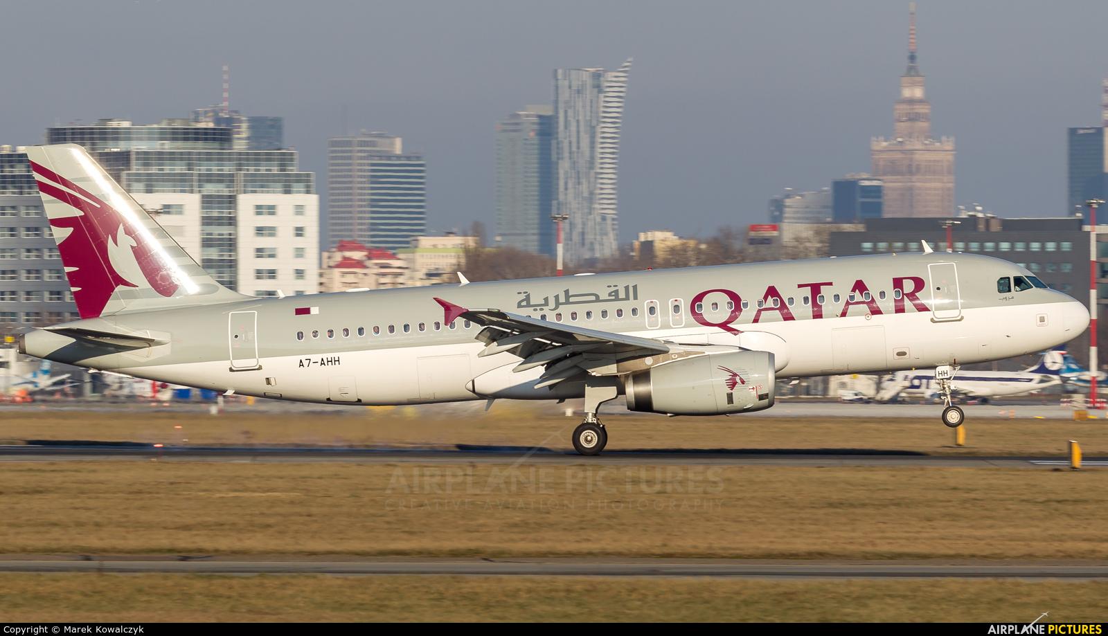 Qatar Airways A7-AHH aircraft at Warsaw - Frederic Chopin