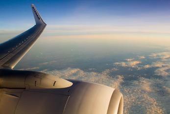 EI-DHD - Ryanair Boeing 737-800