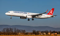 TC-JSV - Turkish Airlines Airbus A321 aircraft