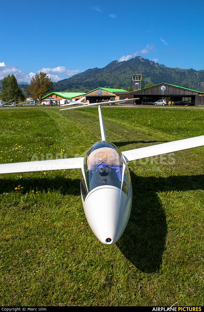 Private D-0412 aircraft at Agathazell