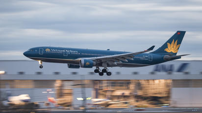VN-A383 - Vietnam Airlines Airbus A330-200