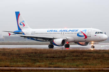 VQ-BAG - Ural Airlines Airbus A320
