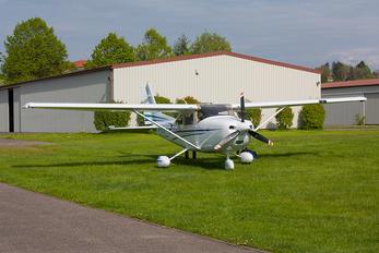 D-EHLZ - Private Cessna 182T Skylane