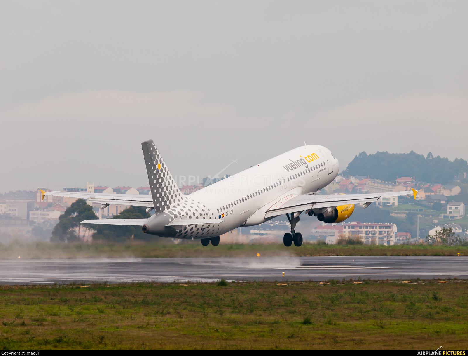 Vueling Airlines EC-KDH aircraft at La Coruña