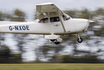 G-NXOE - Goodwood School of Flying Cessna 172 Skyhawk (all models except RG)