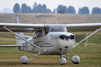 SP-UFC - Private Cessna 172 Skyhawk (all models except RG)