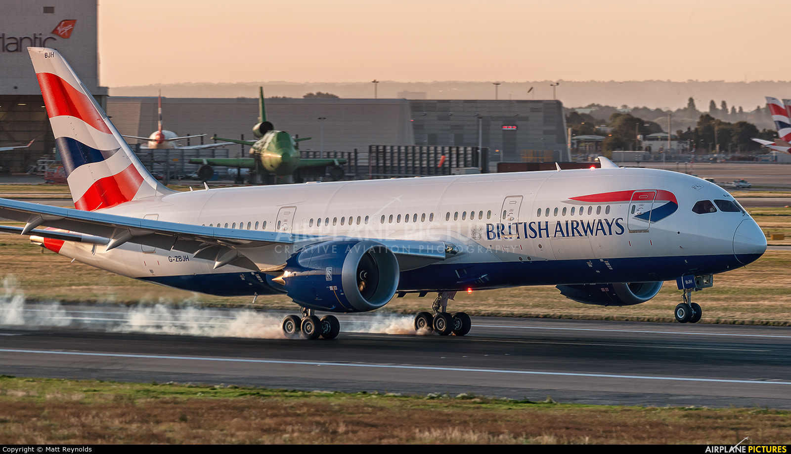 British Airways G-ZBJH aircraft at London - Heathrow