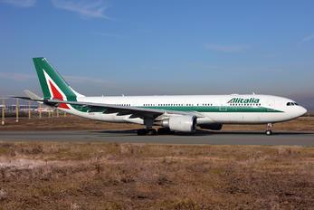 EI-EJH - Alitalia Airbus A330-200