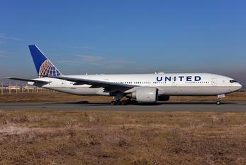 N78004 - United Airlines Boeing 777-200ER