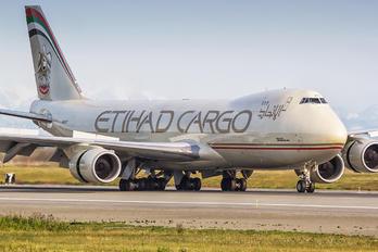 N855GT - Etihad Cargo Boeing 747-8F