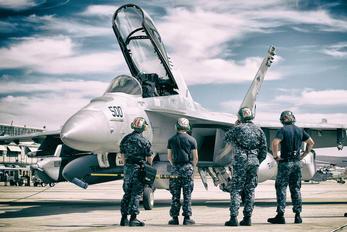 166855 - USA - Navy Boeing EA-18G Growler