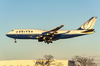 N175UA - United Airlines Boeing 747-400