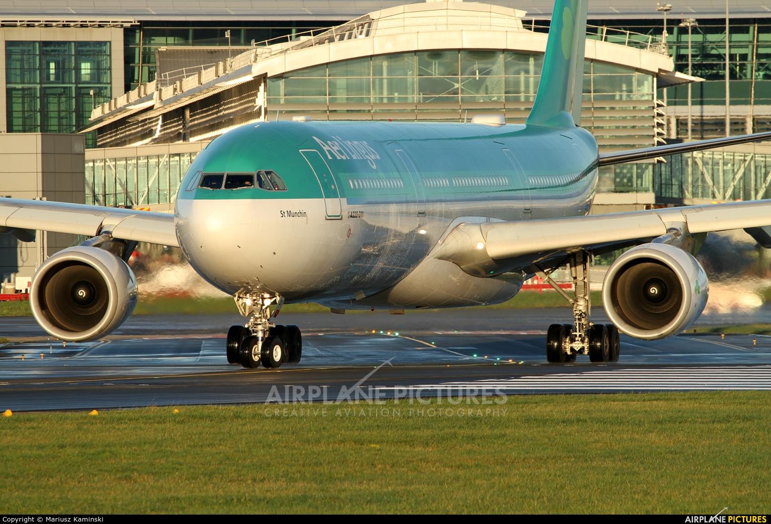 Aer Lingus EI-EDY aircraft at Dublin