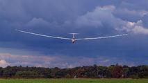 VR - France - Army DG Flugzeugbau DG505 Elan Orion aircraft
