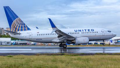 N24706 - United Airlines Boeing 737-700