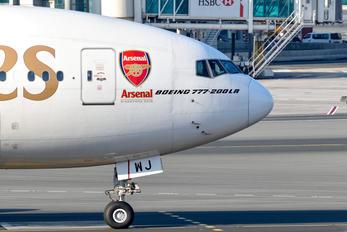 A6-EWJ - Emirates Airlines Boeing 777-200LR