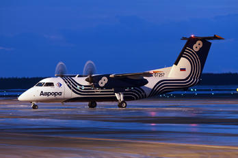 RA-67257 - Aurora de Havilland Canada DHC-8-200Q Dash 8
