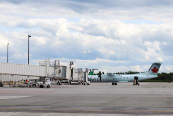 C-GGFJ - Air Canada Express de Havilland Canada DHC-8-400Q / Bombardier Q400