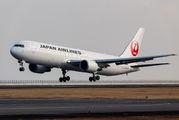 JA653J - JAL - Japan Airlines Boeing 767-300ER aircraft