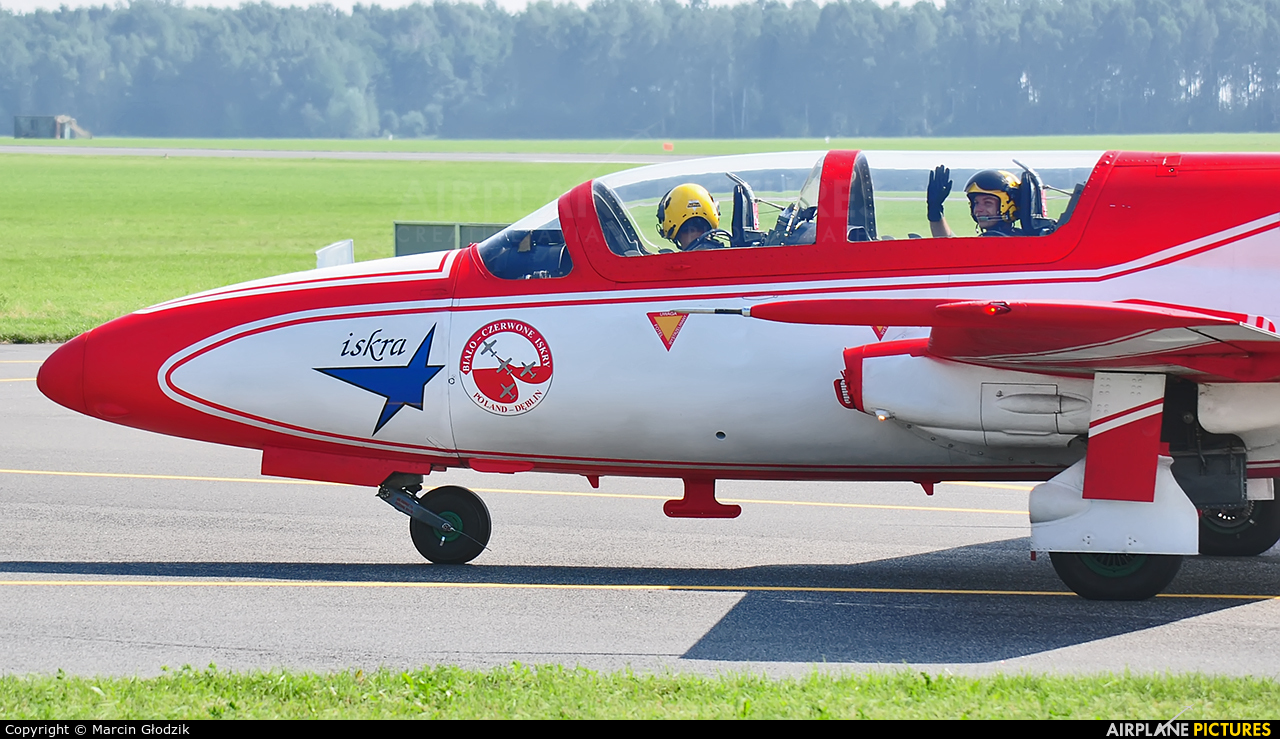 Poland - Air Force: White & Red Iskras 1 aircraft at Radom - Sadków