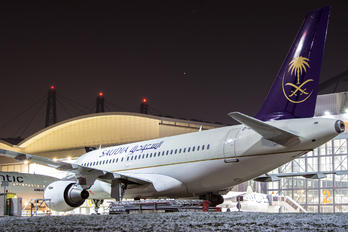 D-ASPA - Saudi Arabian Airlines Airbus A320