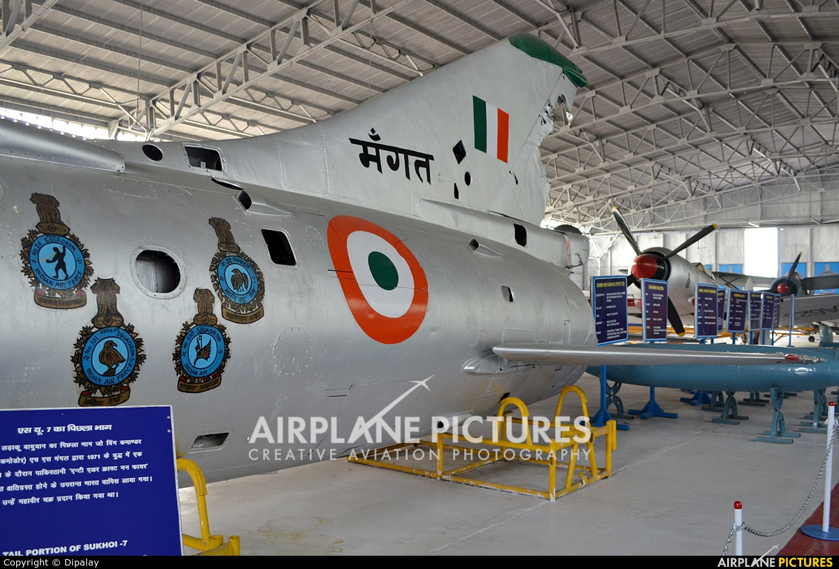 India - Air Force - aircraft at Off Airport - India
