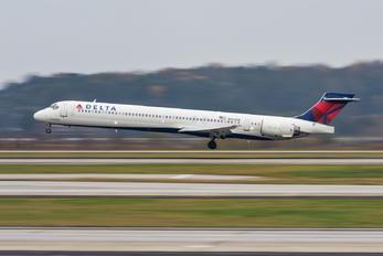 N954DN - Delta Air Lines McDonnell Douglas MD-90