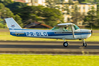 PR-BLO - Aeroclube de Londrina Cessna 152