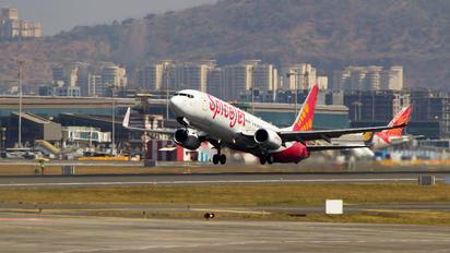 VT-SPK - SpiceJet Boeing 737-800