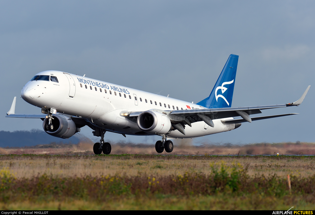Montenegro Airlines 4O-AOD aircraft at Paris - Charles de Gaulle