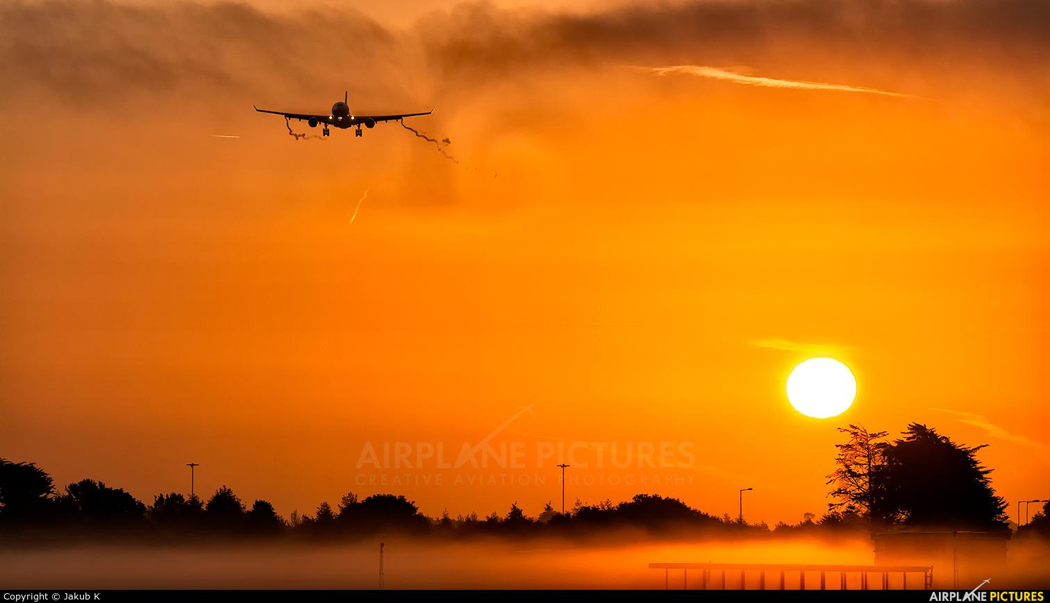 Etihad Airways A6-EYJ aircraft at Dublin