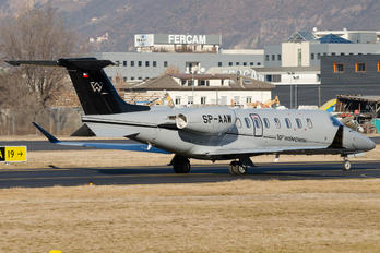 SP-AAW - Private Learjet 75