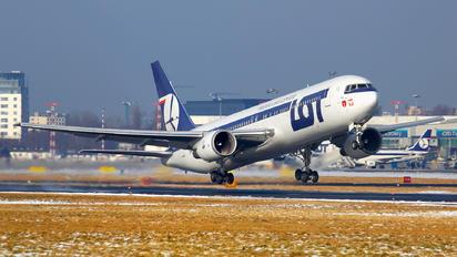 SP-LPB - LOT - Polish Airlines Boeing 767-300ER