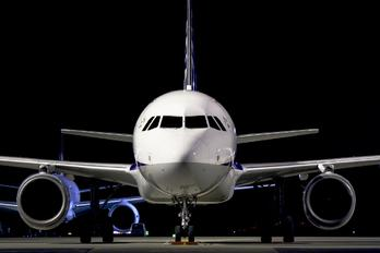 - - ANA - All Nippon Airways Airbus A320