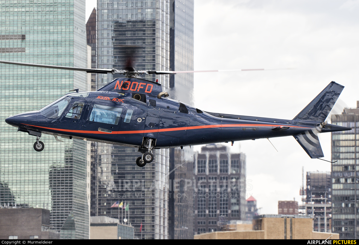 Private N30FD aircraft at East 34th Street Heliport