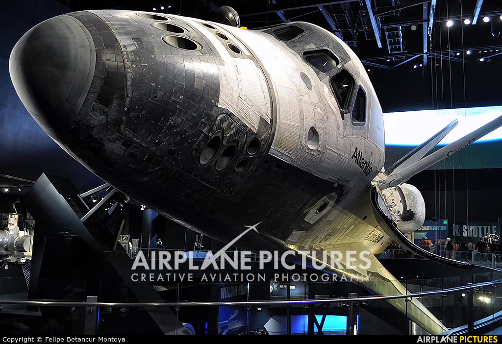 NASA - aircraft at Kennedy Space Centre