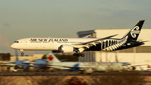 ZK-NZH - Air New Zealand Boeing 787-9 Dreamliner aircraft