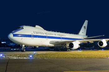 75-0125 - USA - Air Force Boeing E-4B